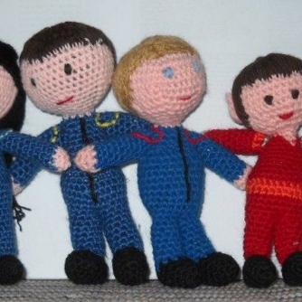 Heart Pillow Free Crochet Pattern • Spin a Yarn Crochet | 500x500